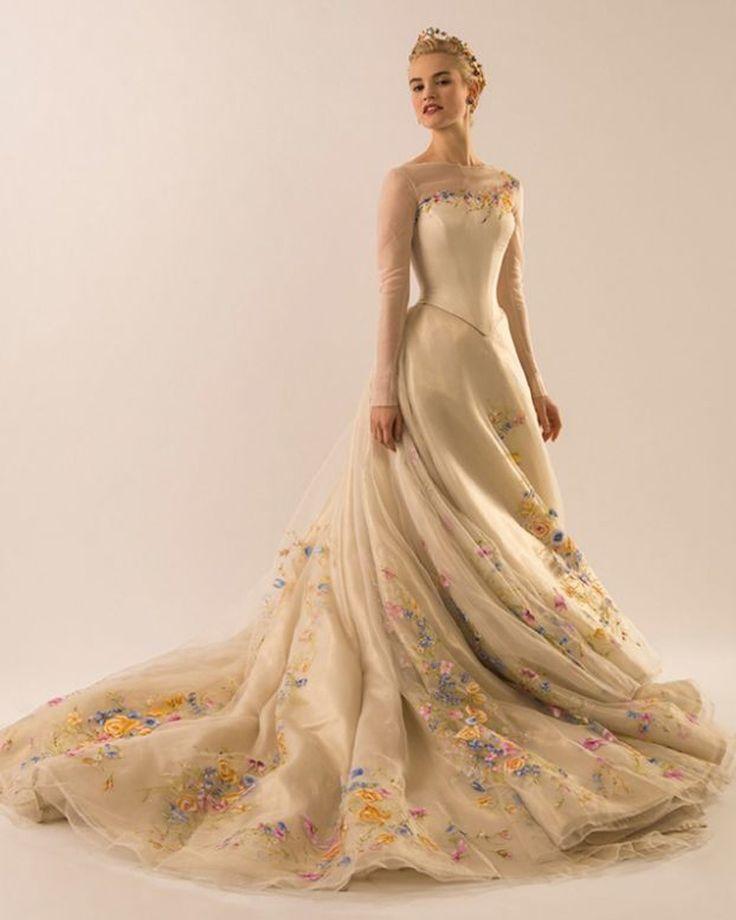 vestido de noiva da cinderela filme - Pesquisa Google
