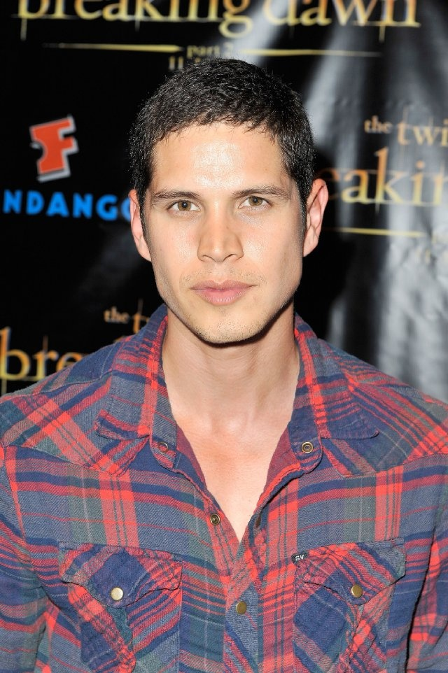 JD Pardo at event of The Twilight Saga: Breaking Dawn - Part 2.  He's sort of my pet obession right now...