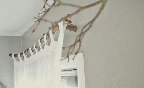 *Tringle de rideaux en branche d'arbre