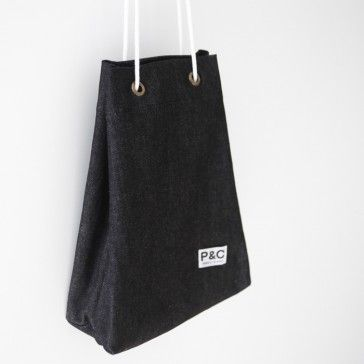 [Mini Denim Bag: Black Color] A cute mini denim bag. Put your essential items, cosmetics, pouch, wallet.