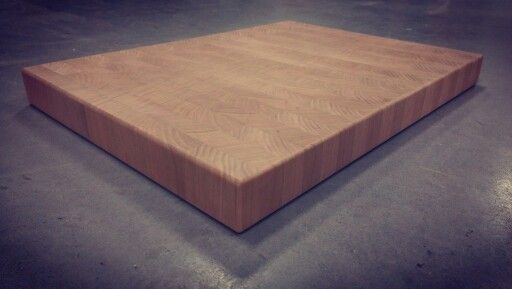 Butcherblock Cherry endgrain.