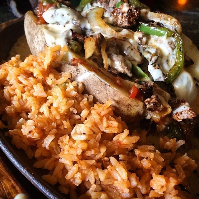 Dinner out in Statesboro? El Sombrero Restaurante Mexicano has been a Boro favorite for over 25 years! The Papa Relleno is a must try for baked potato lovers! It's covered in sizzling nacho cheese with steak or chicken & veggies.  A great addition to your Boro Eats menu.