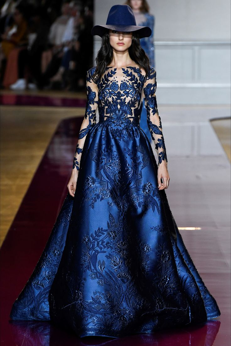 Sfilata Zuhair Murad Parigi - Alta Moda Autunno-Inverno 2016-17 - Vogue