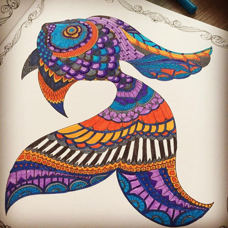 Bir çeşit piyano balığı #art  #artoftheday #book #brightcolors #balık #colors #coloring #fish #hobby #johannabasford #lostocean #painting #relax #therapy