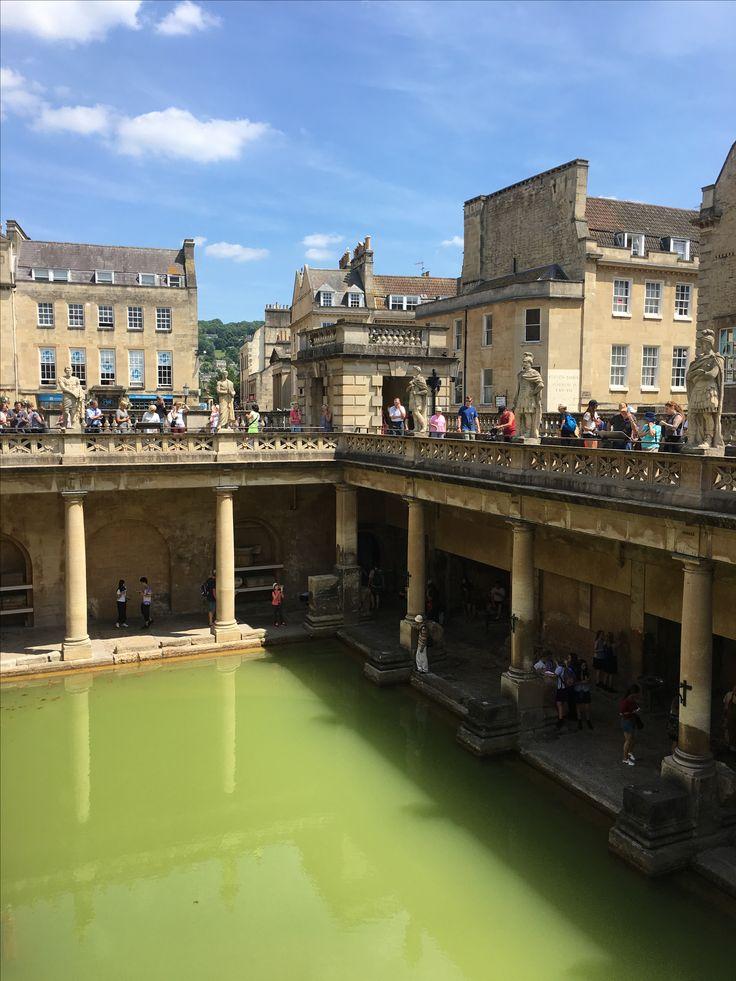 AD 60 the Romans built baths and a temple. #bath #romanbaths
