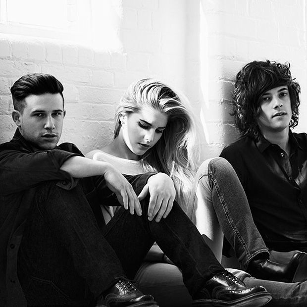 London Grammar, I'm so amazed that the whole band can be that gorgeous looking. OMFG I want their genetics. Amazing music too :)
