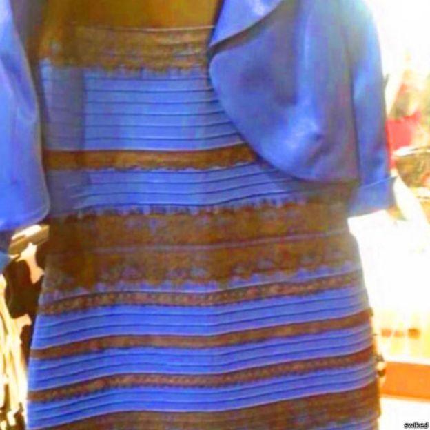 Hasta la redacción de BBC Mundo está dividida. No saben de qué color es este vestido