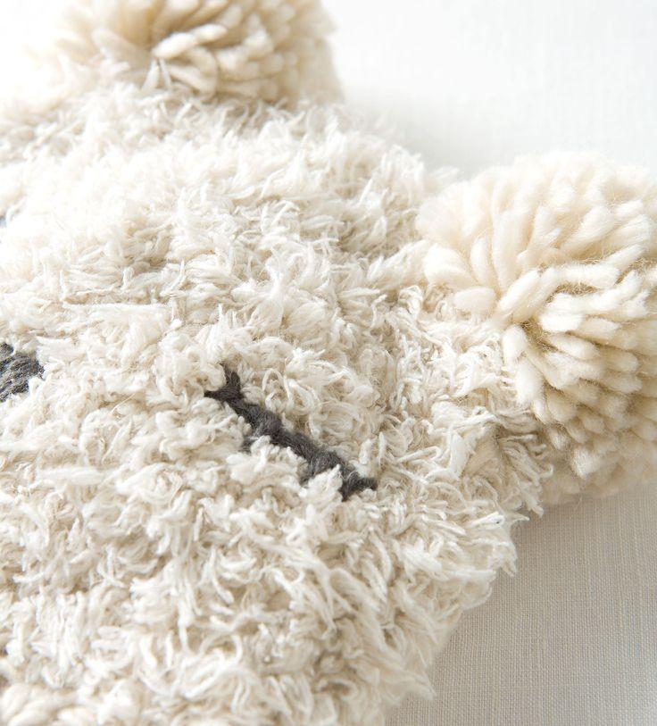 Image 2 de Bonnet tête ours fait à la main de Zara