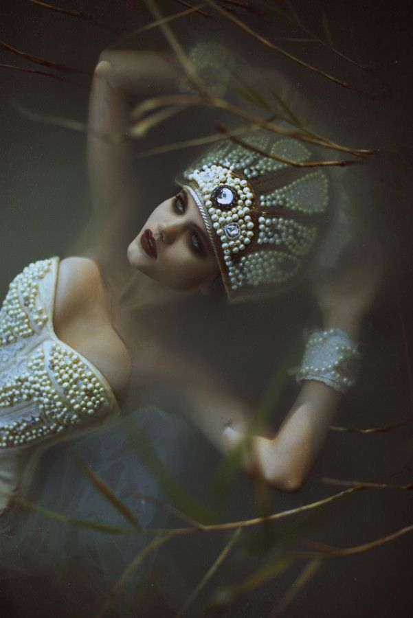 Fantasy | Magic | Fairytale | Surreal | Myths | Legends | Stories | Dreams | Photo Lost by Voodica