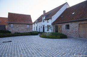 Vandemoortel Rustieke Bouwmaterialen - Stijlvloeren - Stalen ramen en decoratie Stalen dakramen
