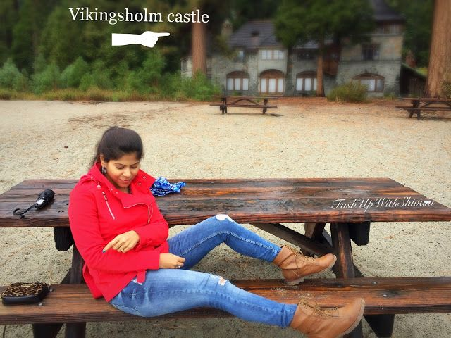 Travel log with #beauty and #outfit details on http://www.fashupwithshivani.com/2015/11/outfit-travel-log-day2.html