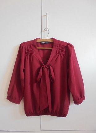 Kup mój przedmiot na #vintedpl http://www.vinted.pl/damska-odziez/bluzki-z-dlugimi-rekawami/10034280-buraczkowa-bluzka-mgielka-z-kokarda
