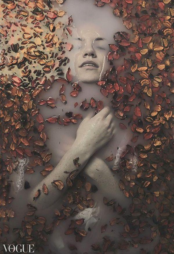Gloomy portraits by Slevin Aaron http://www.bleaq.com/2014/slevin-aaron