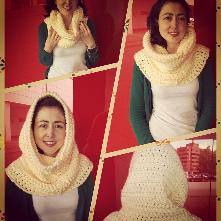 Cuello capota tejido a crochet con múltiples posibilidades de uso disponible en todos los colores. Info a través de lanitasycrochet@gmail.com whatsapp 3003983512 #crochet