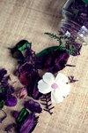 purple around white