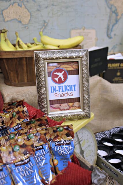 Airplane Party: Vintage Travel Party. Soar off into the horizon with this cute Vintage Airplane Party styled by Bridget from Bridgey Widgey.