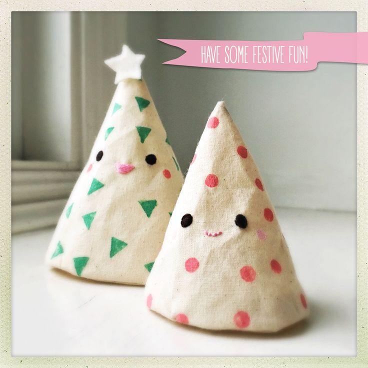 rhya: Festive Forest Friends - A Tutorial   #Craft #DIY #HolidayCraft #ChristmasCraft #christmasttree #sapindenoel #holiday