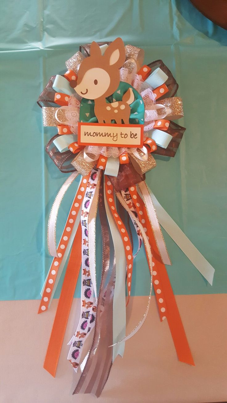 "Woodland Baby Shower ""mommy to be"" pin"