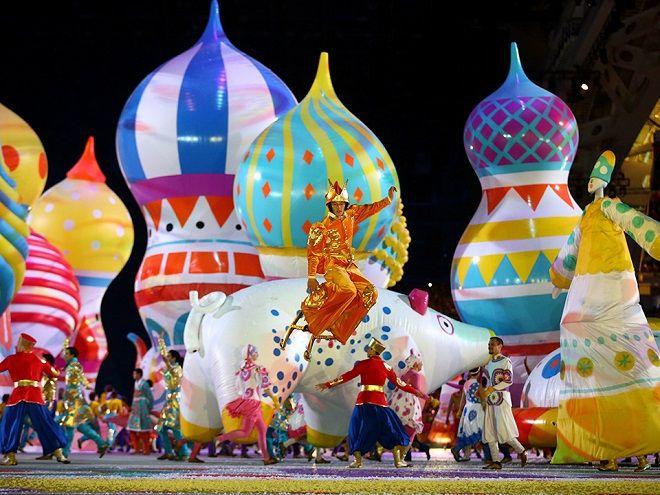 Sochi 2014, le Olimpiadi che celebrano Putin (e alimentano polemiche anti-discriminazione) - Foto