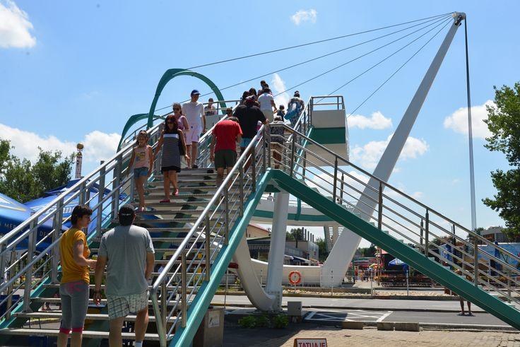"pedestian bridge, mamaia, romania ""Iaht"""