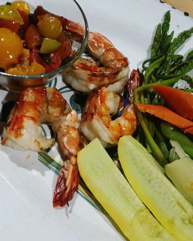 ‪#‎Monday‬ health focused approach to ‪#‎food‬ = a traditional Gamberi alla griglia con verdure, grilled jumbo ‪#‎prawns‬ with fresh steamed vegetables @barolocafe! ‪#‎instafood‬ ‪#‎irvine‬ ‪#‎tustin‬ ‪#‎newportbeach‬ ‪#‎lafoodies‬ ‪#‎lafoodie‬ ‪#‎lifeandthyme‬ ‪#‎orangecounty‬ ‪#‎OCEats‬ ‪#‎ocdining‬ ‪#‎dineoc‬ ‪#‎OCfoodie‬ ‪#‎yelpla‬ ‪#‎dailyfoodfeed‬ ‪#‎dinela‬ ‪#‎bestofoc‬ ‪#‎barolocafe‬ ‪#‎yelpoc‬ ‪#‎getinmybelly‬ ‪#‎foodbeast‬ ‪#‎forkyeah‬ ‪#‎eeeeeats‬ ‪#‎foodporn‬ ‪#‎ocfoodies‬