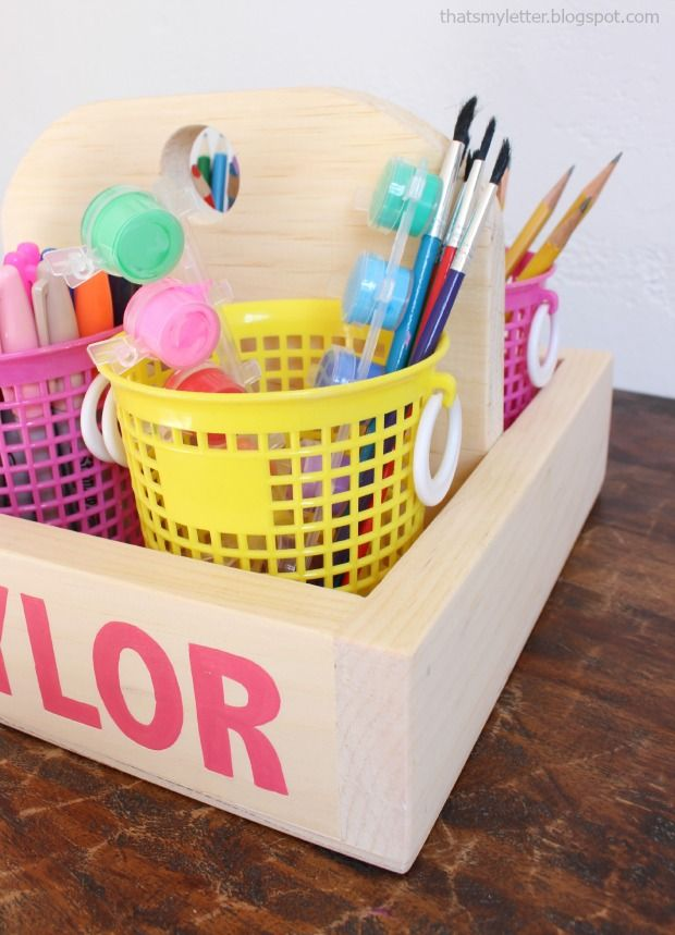 DIY wood gift caddy with free plans.