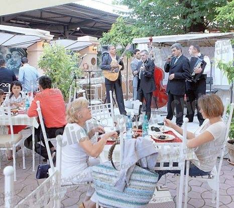 O nouă grădină de vară s-a deschis în Capitală - click.ro