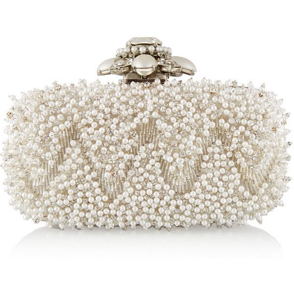 Oscar de la Renta Goa embellished satin box clutch ($1,690) ❤ liked on Polyvore featuring bags, handbags, clutches, oscar de la renta, white, beaded purse, embellished handbags, satin clutches, box clutch and white handbags