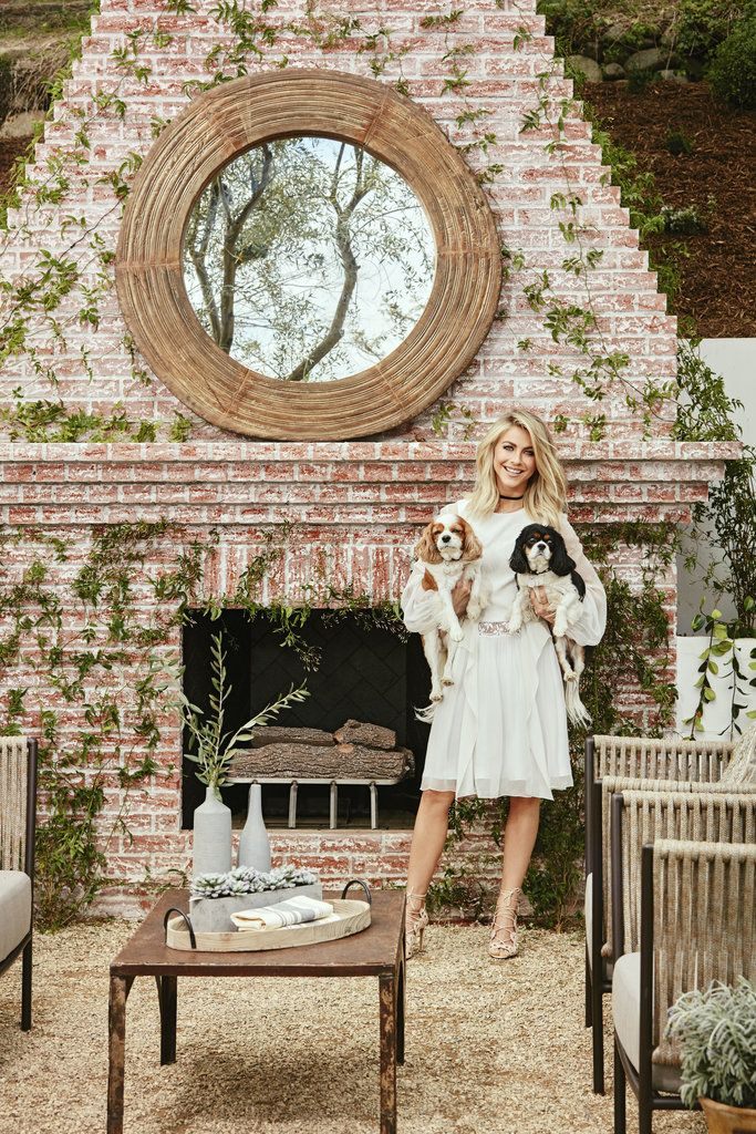 Julianne Hough's backyard is almost like a dream!