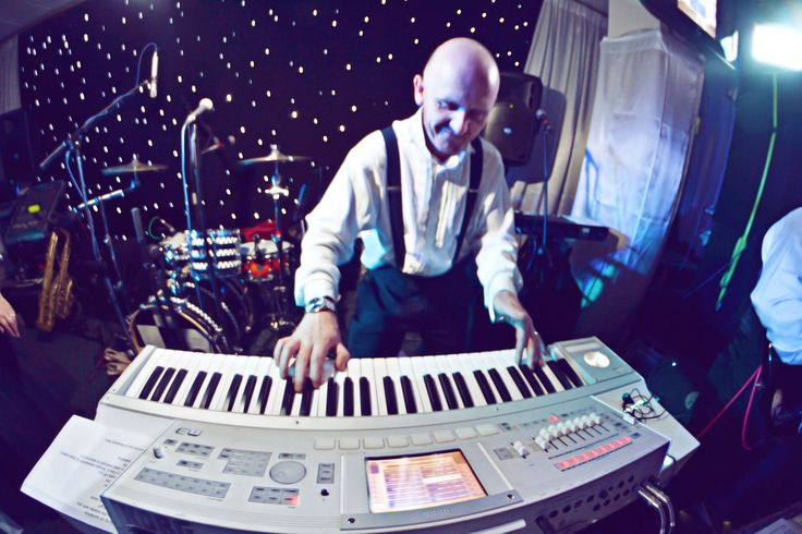 Dan Shield. Live music for weddings in the North East & North Yorkshire by Jump The Q. www.jumptheq.info