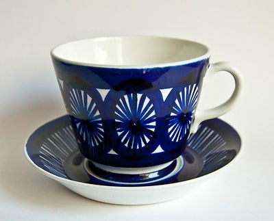 Arabia Finland Fiesta - Large Chocolate Cup