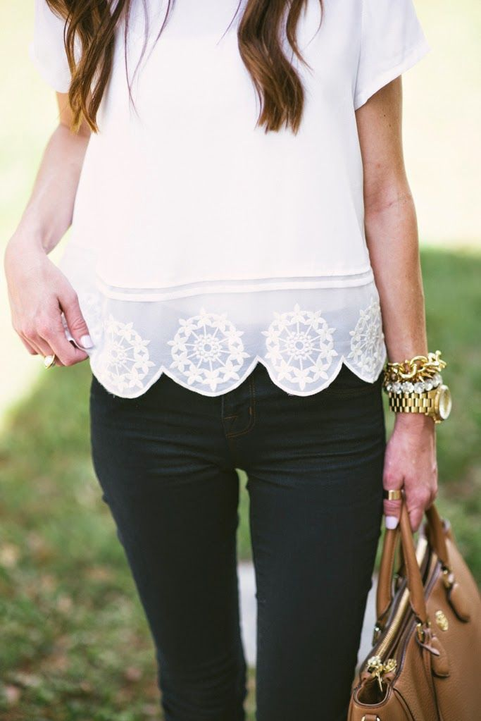 Scalloped tops are so chic