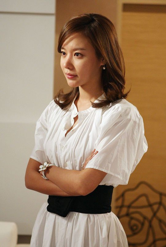 kim ah joong   Kim Ah Joong she also poses with a casual and fashionable look.