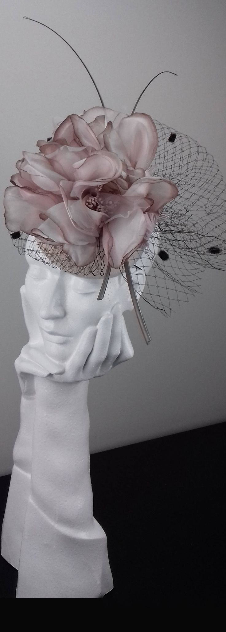 Womens Kentucky Derby Wedding Royal Ascot Church Flower Headpiece Fascinator. You can't go wrong with a feather hat for your Kentucky Derby or Royal Ascot outfits, and Churchill downs love floral hats, so this veiled flower could be the perfect fashion headpiece. Kentucky Derby Hat ideas. Outfit inspiration. Mother of the Bride, spring wedding. #kentuckyderby #derbyhats #bighats #fascinator #hatsfothederby #kentuckyderbyoutfits #motherofthebride #weddings #fashion #affiliatelink #etsyfinds