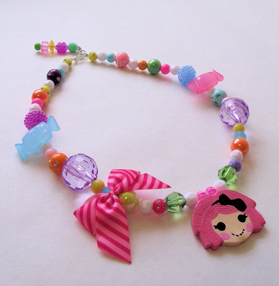 awww, cute lalaloopsy bracelet!  great for birthday party favors or a fun party activity: Lalaloopsy Birthday, Birthday Necklace, Gift, Girl, Lalaloopsy Craft, Lalaloopsy Party, Parties, Lalaloopsy Necklace
