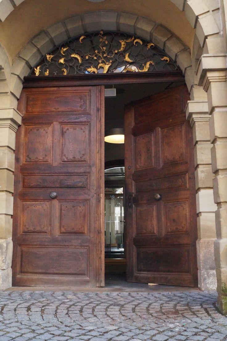 Eingang Alte Aula
