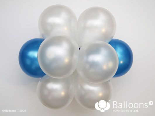 Created by <A href=https://www.facebook.com/michael.gjerek>Michael Gjerek </A>  Create a festive atmosphere in any place by hanging up some of these giant balloon snowflakes.  Based on one 12 balloon cluster, this snowflake will take you approximately 15 -20 minutes.   Material list: 1. <A href=http://www.belbal.be/balloons/products.asp?id_informacija=240&id_language=1&id_meta_type=5>Balloon Pump or P...