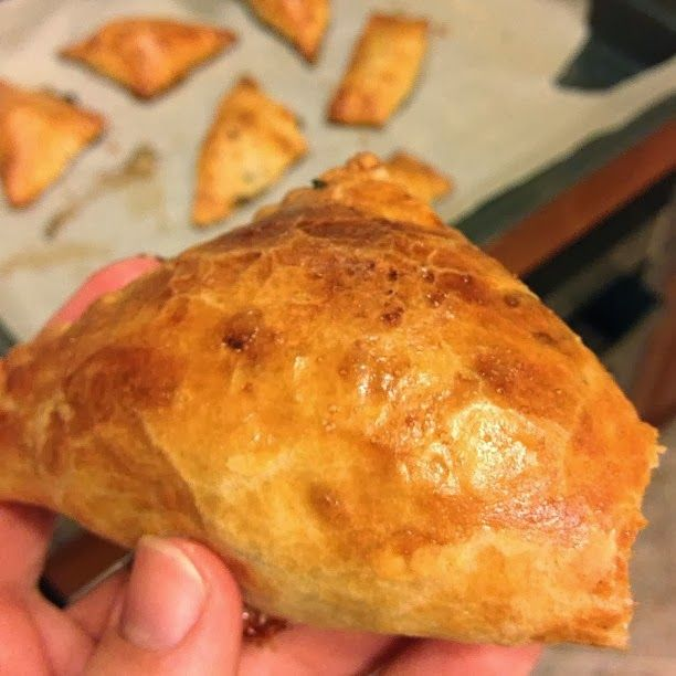 Пирожки с тунцом, простые пирожки, вкусные пирожки с фото, рецепт с фото, вкусные рецепты с фото, простые рецепты с фото, тунец