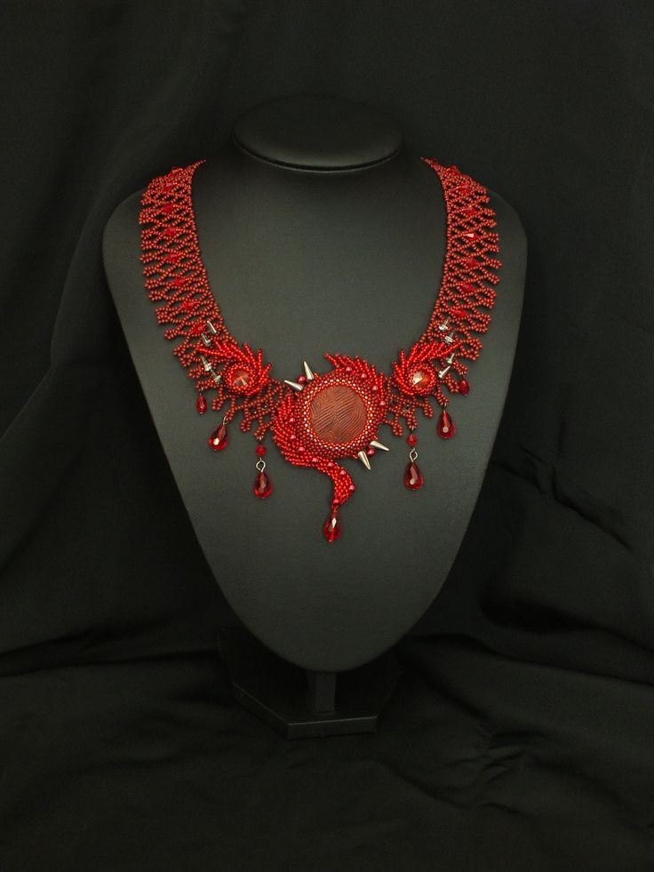'Melissandre - The Red Priestess' necklace by Monica Otmili  #beadwork #necklace #fantasy #beaded #red #priestess #got #gameofthrones #handmade #melissandre