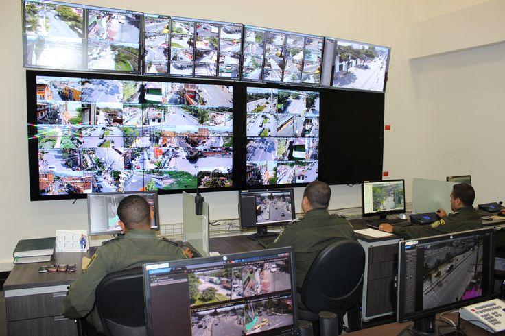 119 zonas protegidas a través de cámaras de seguridad, las cuales permiten saber que sucede en tiempo real en cada barrio y corregimiento de nuestro municipio.