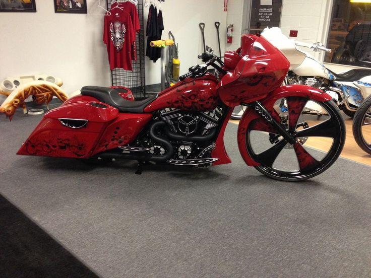 Custom Harley Baggers | Botox, Beer & Bling
