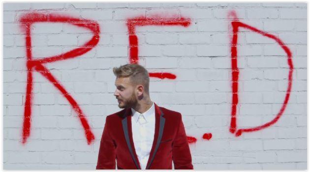 M.Pokora sortira son sixième album solo, R.E.D, cet automne. Découvrez le teaser !