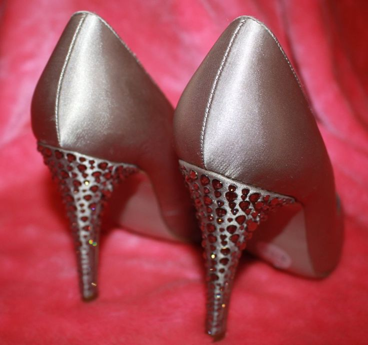 NEW RRP $189 Nude CRYSTAL sparkle heel satin heels - s 39/8 Gorgeous brand new!