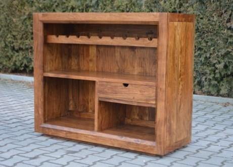 Gdzie przechowywać wino i inne alkohole? Polecamy indyjski bar wyposażony w przegródki na wino oraz półki. http://bit.ly/24Gfz04
