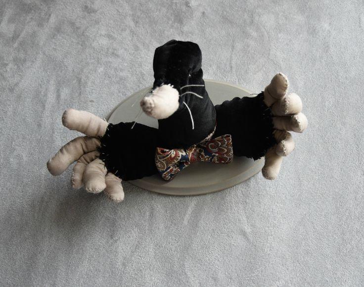 Mr. Mole by Lapinohandmade