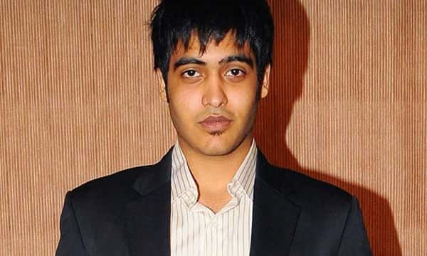 Sakshi Khanna is the son of the famous film star and the legendary actor Vinod Khanna. He was born and brought up in Mumbai, Maharashtra. Sakshi is the step-brother of the famous actors Akshaye Khanna and Rahul Khanna. He is the son of Kavita, who is Vinod Khanna's second wife whom he married in the year 1990. He is reportedly to be cast in the film Dhadkan 2. Earlier the rumors were about casting Shraddha Kapoor, and Sooraj Pancholi. But Sakshi, has already given the test auditions and he…