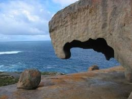 Buenos días viajeros, empezamos el viernes con un viaje de esos que quitan el hipo, un recorrido completísimo por Australia http://www.buscounviaje.com/ficha/panorama-australiano-54699