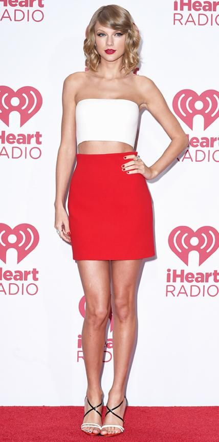 Taylor Swift in Calvin Klein Collection