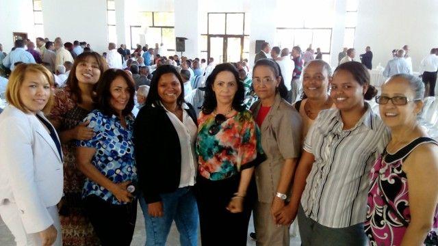 FEDERACION DE MUJERES MODERNAS PRM (FEDEMU) La Federación de Mujeres Modernas del Partido Revolucionario Moderno (PRM), a nombre de su presidenta Sarah Paulino y su secretaria general María Luisa Ubiera extiende sus felicitaciones a los periodistas dominicanos,