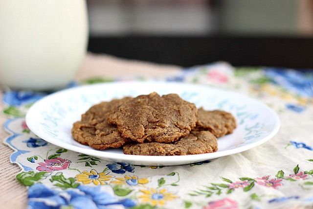 Three ingredient nut butter cookie ½ c. peanut butter (I used salted), I find that crunchy works best, but creamy works as well (to make these paleo, use almond butter) 4-5 T. mashed banana, DON'T use any more than 5 T. or they won't bake correctly ⅛-1/4 t. nutmeg, freshly grated (I love nutmeg, so I use the higher amount) splash vanilla, optional ⅛ t. salt (a bit more if you used unsalted peanut or almond butter)